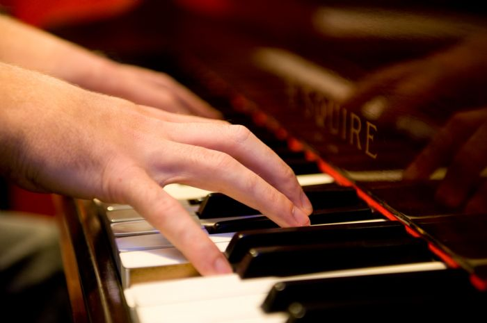 Tims weekly blog tmb 39 s piano department for Piano diviso